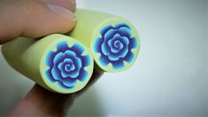 Flower cane polymer clay tutorial It's easy and quick to make Tatting Jewelry, Polymer Clay Canes, Clay Flowers, Clay Tutorials, It's Easy, Stud Earrings, Make It Yourself, How To Make, Jewellery