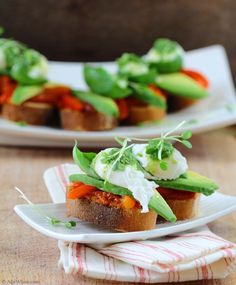Pepper Sauce Avocado and Quail Egg. Toast with red roasted pepper avocado and quail egg a good alternative to a pizza Egg Recipes, Asian Recipes, Mexican Food Recipes, Whole Food Recipes, Cooking Recipes, Healthy Recipes, Vegetarian Recipes, Ethnic Recipes, Tostadas