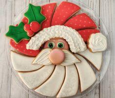 Christmas Cookies Gift, Christmas Cupcakes, Christmas Desserts, Christmas Treats, Christmas Baking, Fancy Cookies, Iced Cookies, Cute Cookies, Cupcake Cookies