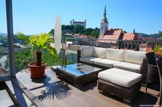 Top reasons why to visit Bratislava. There are many cities in Europe but only some have atmosphere that you will remember. Bratislava is one of them. Bratislava Slovakia, Colourful Buildings, Fairytale Castle, Cities In Europe, Street Artists, Terrace, Patio, Country, City