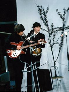1964 - George Harrison and Paul McCartney in A Hard Day's Night film (backstage photo).