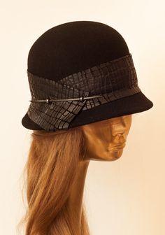 BLACK FELT HAT for Women, Fall/Winter Collection. $89.00, via Etsy.