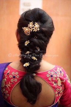 59 ideas hair styles wedding indian hairdos for 2019 Bridal Hairstyle Indian Wedding, Bridal Hair Buns, Bridal Hairdo, Hairdo Wedding, Braided Hairstyles For Wedding, Saree Hairstyles, Bride Hairstyles, Hairstyles Haircuts, Trendy Hairstyles