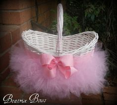 20-Amazing-Inspiring-Easter-Gifts-Basket-Ideas-2013-18