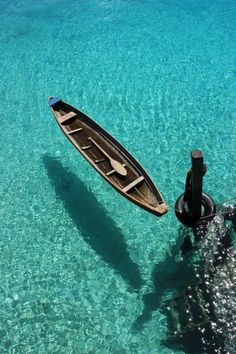 crystal clear water in Maldives