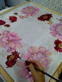 Block Painting, Fabric Painting, Silk Art, Rose Embroidery, Scarf Design, Japanese Design, Painting Techniques, Watercolor Flowers, Les Oeuvres