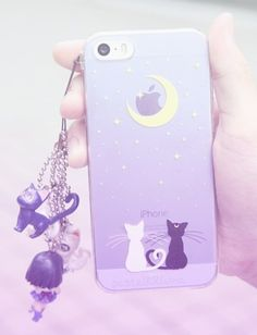Luna and Artemis Sailor moon iPhone case. I don't even have an iphone! Cute Cases, Cute Phone Cases, Iphone Cases, Coque Ipad, Coque Iphone, Luna Et Artemis, Telephone Iphone, Kawaii Phone Case, Accessoires Iphone