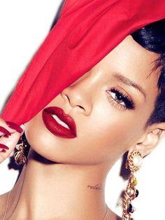 Rihanna teams up with MAC