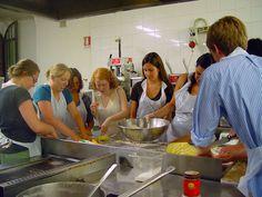 http://scuoladicucinafontegiusta.com/upload/foto-corsi-cucina-archivio-04.jpg