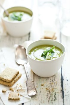 Asparagus and Pea Soup with Herb Crackers... Perfect for Spring!