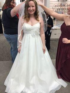 David's Bridal Galina, KP3694  Wedding Dress on Sale 61% Off