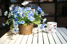 #cup #flowers #table