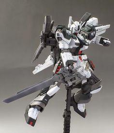 HGUC 1/144 Nu Gundam S [Superior] - Custom Build