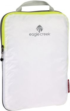 This handy organiser is from the brand Eagle Creek and will help you to pack your travel bag as efficiently as possible. The Compression Cube is part of the Pack-It system. This lightweight bag is made of transparent nylon and weighs only 63 grams. By usi Ultralight Outdoor Gear, Eagle Creek Pack It, Bag In Bag, Trekking Gear, Simple Bags, Unisex, School Bags, Backpack Bags, Cuba