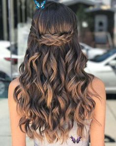 JaidenTrevinos 40 Pretty Prom Hairstyle Ideas For Curly Long Hair  #Curly #hair #hairstylesformenformal #ha<br> Long To Short Hair, Long Curly Hair, Short Hair Styles, Natural Hair Styles, Natural Curls, Updo Curly, Updo Styles, Soft Curls, Curled Hair Prom
