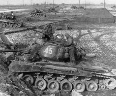 M26 Pershing, Korean Peninsula, Sherman Tank, War Photography, Ww2 Tanks, Korean War, Armored Vehicles, Cold War, Old Pictures