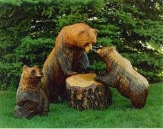 Chainsaw Wood Carving::Bear and Cubs Chainsaw Wood Carving, Wood Carving Art, Wood Carvings, Mother Bears, Design Jardin, Tree Carving, Got Wood, Art Sculpture, Wood Creations