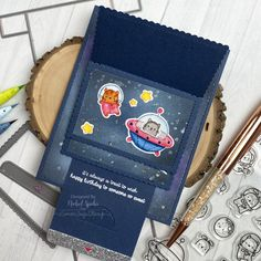 Out of This World Mega Flipper (Mama Elephant) Flying Card, Interactive Cards, Mama Elephant, Lunch Box, Design Inspiration, Happy, Projects, Cardmaking, Space