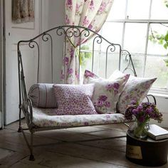 Shabby Chic furniture and style of decor displays more 'run down' or vintage items, or aged furniture. Shabby Chic is the perfect style balanced inbetween vintage and luxury, or '… Cottage Chic, Cottage Living, Shabby Cottage, Shabby Chic Homes, Home Living, Cottage Style, Shabby Bedroom, Romantic Cottage, Living Room