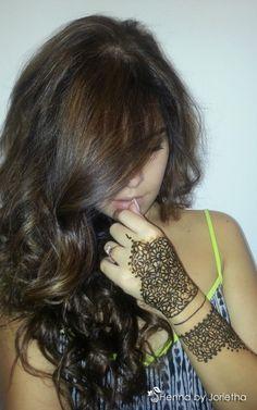 Henna by Jorietha - Henna (Mehndi) Pretoria, Gauteng, South Africa  Facebook: www.facebook.com/hennabyjorietha Twitter: @hennabyjorietha Website: www.jorietha.com E-mail: henna@jorietha.com Pinterest: hennabyjorietha Instagram: hennabyjorietha  #hennabyjorietha #hennapretoria #mehndipretoria  #Erin #Roche #ErinRoche