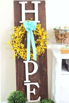 10 Easy DIY Outdoor Easter Decorations To Spruce Up Your Porch