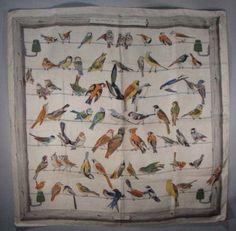 """HERMES """"Les oiseaux des champs et des bois"""" Carré de soie"""