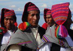 Quechuas. Isla de Taquile. Perú. Foto de Institución Cultural Pachayachachiq