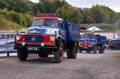 See more Vintage Vans, Vintage Trucks, Classic Trucks, Classic Cars, Vauxhall Motors, Bedford Truck, Old Lorries, Van Car, Heavy Truck