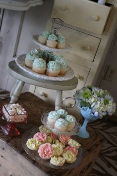 Vintage Baby Shower Dessert table details