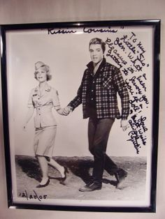 Cynthia Pepper autographed photo--with Elvis Presley in Kissin Cousins