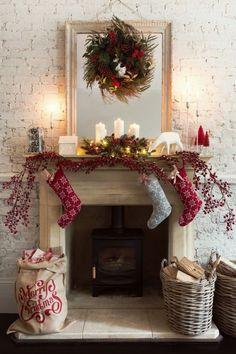 42 Most Beautiful Christmas Fireplace Decoration Ideas Christmas Mantel Garland, Christmas Mantels, Christmas Decorations To Make, Rustic Christmas, Christmas Home, Christmas Stockings, Mantle Garland, Christmas Ideas, Holiday Decorating