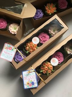New Succulent Wedding Cupcakes Fondant 15 Ideas Cupcake Packaging, Baking Packaging, Dessert Packaging, Cupcakes Packaging Ideas, Floral Cupcakes, Easter Cupcakes, Christmas Cupcakes, Mothers Day Cupcakes, Pretty Cupcakes