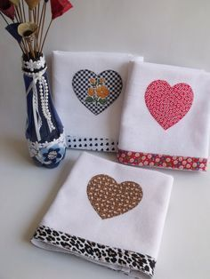 Hand Towels Bathroom, Dish Towels, Kitchen Towels, Tea Towels, Applique Towels, Applique Quilts, Patchwork Kitchen, Sewing Crafts, Sewing Projects