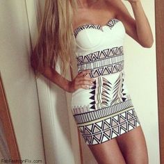Such a cute Aztec dress. Want it so bad Cute Fashion, Teen Fashion, Fashion Beauty, Womens Fashion, Tribal Fashion, Fashion Clothes, Hippie Fashion, Fashion 2014, Style Clothes