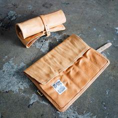 54a3fc2c9524 The Superior Labor   Leather Carrier Sac De Travail, Iphone, Outils De  Couture,