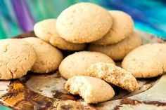 """This ghoriba bahla recipe yields crunchy, sandy shortbread cookies with cracked tops. That's what makes them """"bahla,"""" or silly!"""