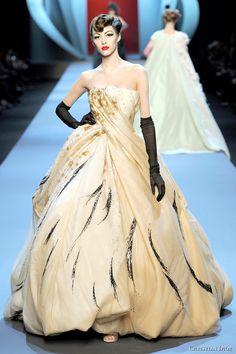 Défilé Haute Couture Spring 2011