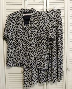 Style: Blouse: 4 Button Front V-neck Straight Hem. Blouse And Skirt, Short Sleeve Blouse, Online Price, Skirt Set, Ss, Black And White, Lady, Floral, Women