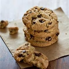 Desserts, Award Winning Soft Chocolate Chip Cookies, Here'S An Allrecipes Classic And Much-Loved Chocolate Chip Cookie Recipe That Uses Instant Pudding Mix In The Batter. Köstliche Desserts, Delicious Desserts, Dessert Recipes, Delicious Cookies, Plated Desserts, Chip Cookie Recipe, Cookie Recipes, Soft Chocolate Chip Cookies, Cookies Soft