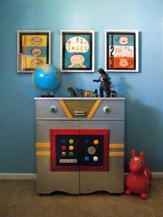 Robot room- totally need to paint furniture and beds in silver and add knobs and buttons! Robot Bedroom, Kids Bedroom, Bedroom Decor, Kids Furniture, Vintage Furniture, Funky Furniture, Paint Furniture, Chester Drawers, Robots For Kids