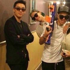 Boss (seungri) & kids ( GD ) :D::D:D