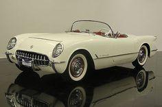 1954 Corvette Roadster. Chevrolet Corvette, Old Corvette, Corvette Summer, Chevy, Cool Old Cars, Car Museum, Porsche Cars, Car Car, Hot Cars