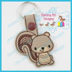 Free Machine Embroidery, Embroidery Files, Learning To Embroider, Easy Stitch, Cute Faces, Star Designs, Key Fobs, Softies, Squirrel