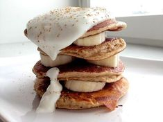 3 bloggaajan terveellinen välipala/aamupala Smoothie, Pancakes, Healthy Recipes, Healthier Desserts, Paleo, Good Things, Breakfast, Food, Morning Coffee