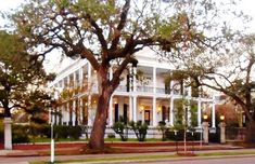Buckner Mansion VRBO rental in New Orleans  -  The real house is in the historic Garden District of New Orleans and was built in 1856 by cotton magnate Henry S. Buckner.  -  Pinned 9-11-2015.