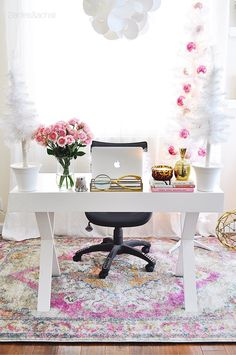 Simplicity in my home office! I keep the decor white, light, and bright for the … Simplicity in my home office! I keep the decor white, light, and bright for the holidays! A few pink ornaments to echo the beautiful… Continue Reading → Home Office Space, Home Office Design, Home Office Decor, Office Furniture, House Design, Office Ideas, Small Office, Office Designs, Pink Office Decor
