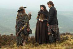 New Outlander Stills With Jamie Fraser, Claire Fraser and Hugh Munro | Outlander Online