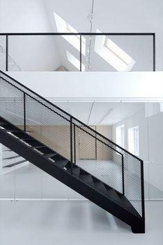 Afbeeldingsresultaat voor railing trap staal zwart