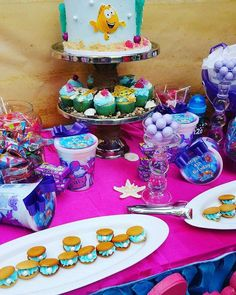 What a cool Bubble Guppies birthday party! See more party ideas at CatchMyParty.com!