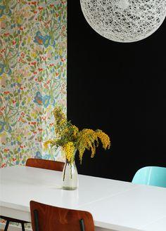Prachtig ziet het behang er op de muur uit! Heel blij mee!  www.ninainvorm.punt.nl